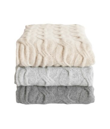 chunky cable throw pale grey